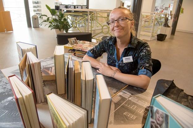 Nogle bøger lånes meget ud - blandt de populære genrer er venindebøger, hestebøger, bøger med tegninger i, sjove bøger og fantasy.  Foto: Henrik Louis