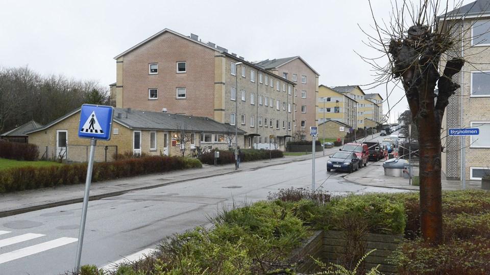 Forsøget på at lokke den 7-årige dreng ind i en bil skete her ved Rughaven i Vejgaard. Arkivfoto: Grete Dahl