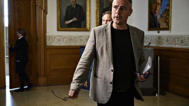 Henrik Sass Larsen sygemeldt: Vil ikke være minister