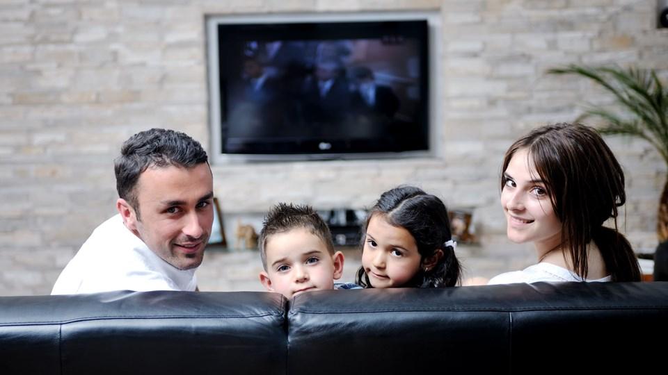 Overvej, hvordan du og familien skal bruge sofaen, så I kan vælge den helt rigtige til jeres behov. Foto: Iris/Scanpix