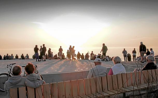 Solnedgangspladsen blev klar til uge 29