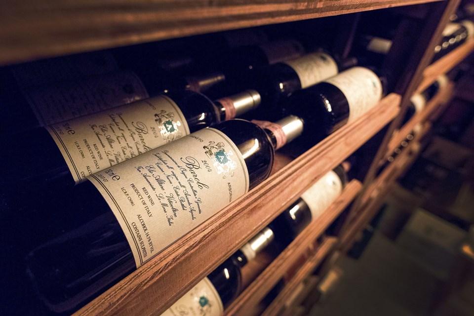 Familien har samlet mange specielle vine igennem tiden.