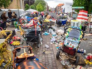Efter karneval: 70 ton skrald og affald i gaderne