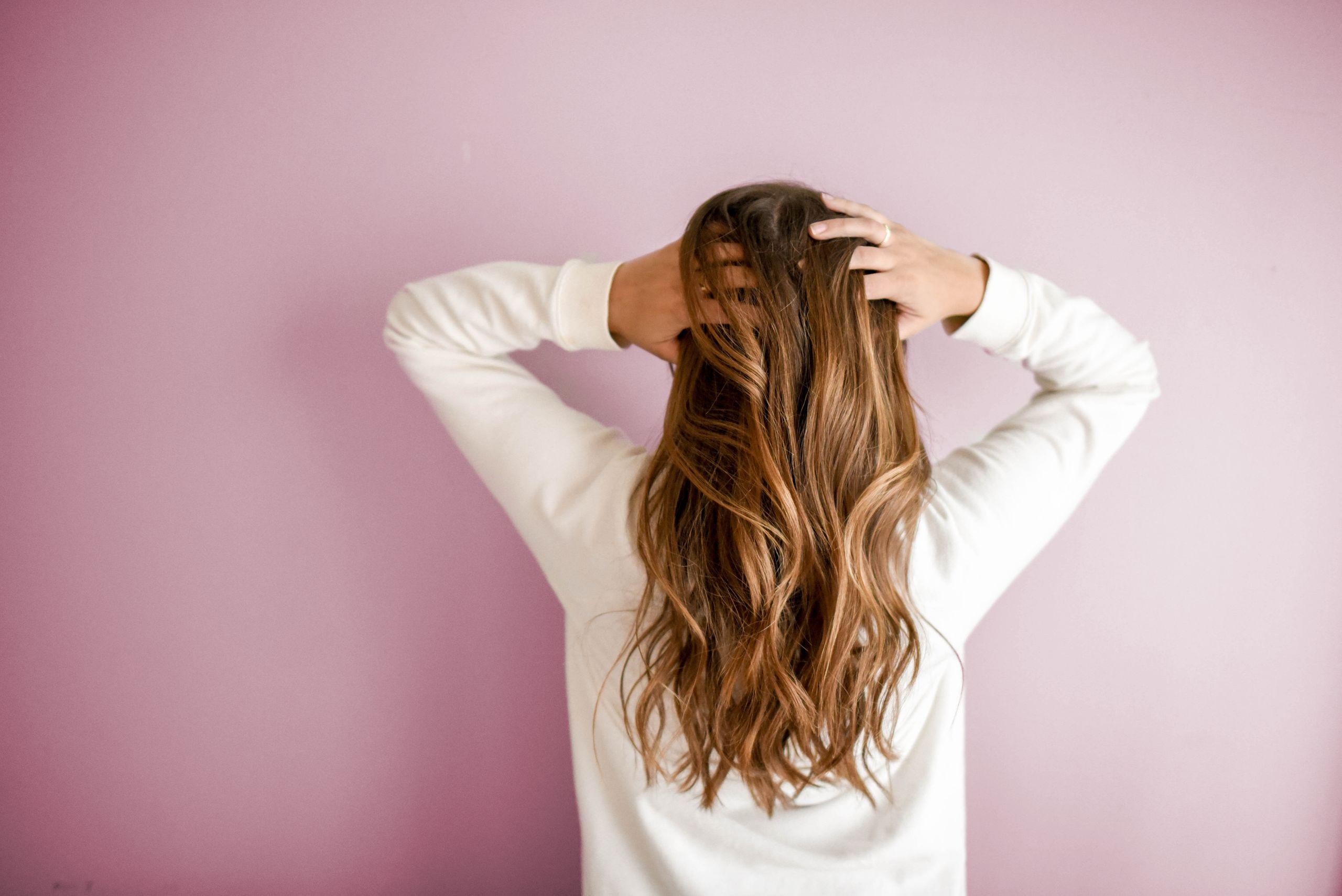 5 luksus hårplejeprodukter fra Kerastase du sparer penge på