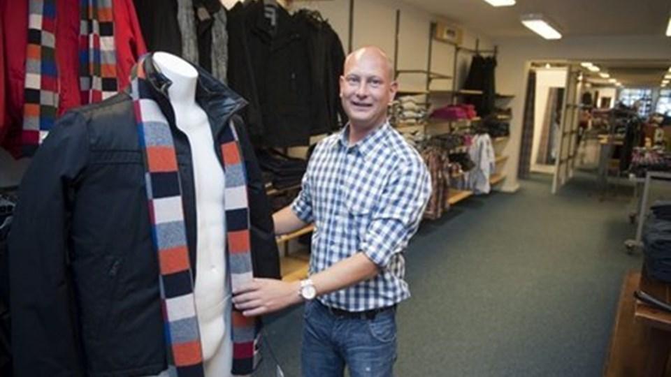 Mads Olander Sølver har arbejdet hos Boston i Nygade i tre og et halvt år - nu fortsætter han samme sted hos Brunø. Foto: Kurt Bering