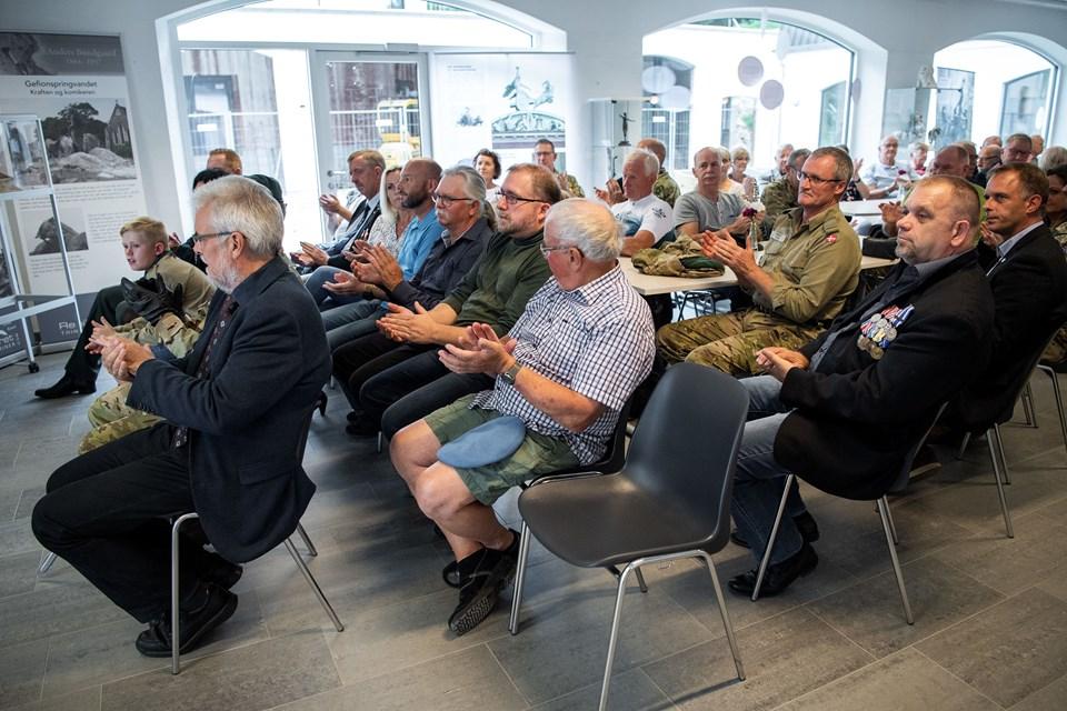 For fjerde år i træk inviterer Rebild til flagdag i samarbejde med Mariagerfjord og Vesthimmerlands kommuner. Denne gang er det Rebild, som er vært. Flagdagen onsdag den 5. september fejres derfor i Rebildcentret. Foto: Henrik Bo