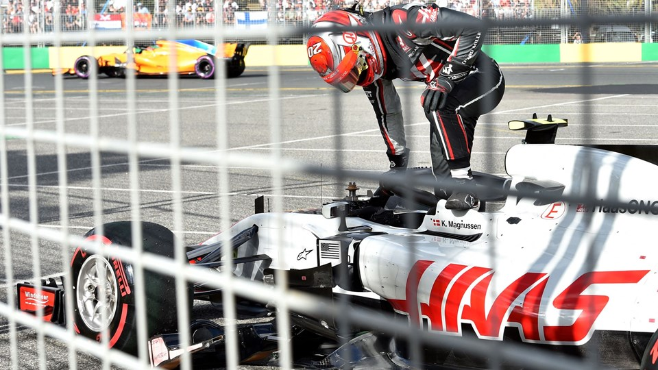 Kevin Magnussen og Haas søger oprejsning, når der igen køres grandprix i Formel 1 i den kommende weekend. Foto: Scanpix/Paul Crock