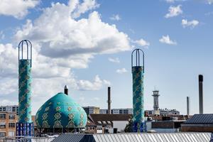 Dansk moské knyttet til kritiseret islamisk organisation