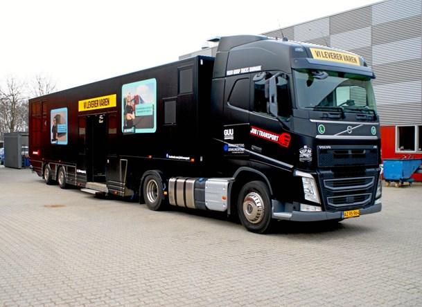 Kæmpe-truck besøger Hals