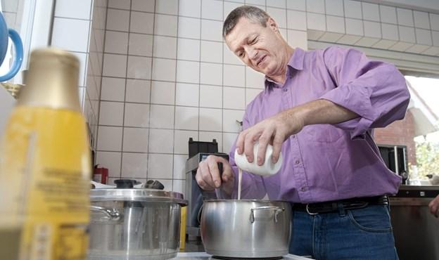 Frivillige i Værestedet Madam Blå får nu en ny og bedre ovn til køkkenet i Lillegade. Arkivfoto: Torben Hansen