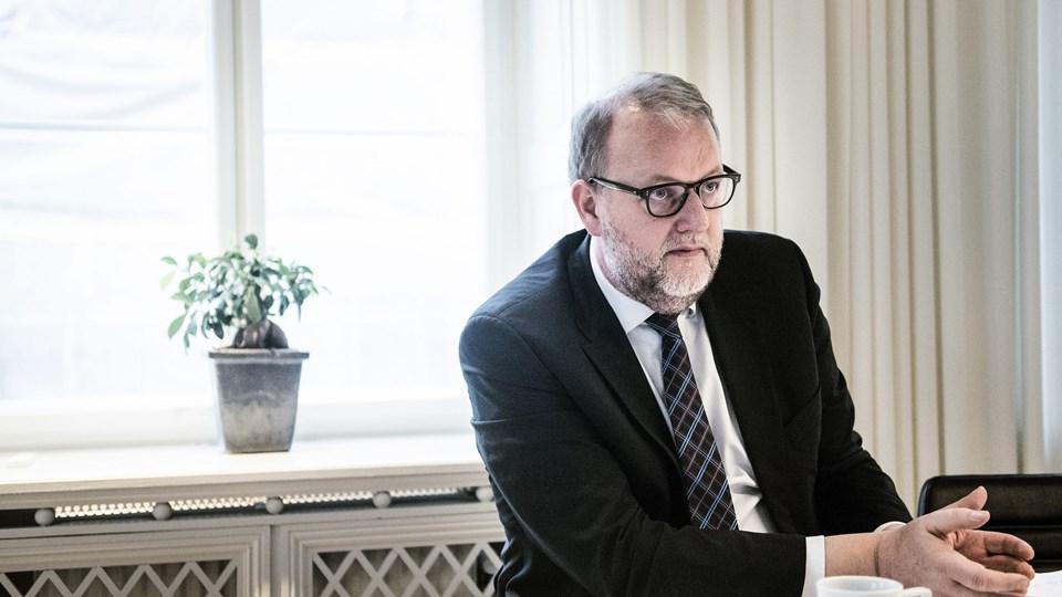 Lars Christian Lilleholt (V) er begejstret for, at der er givet grønt lys til en ledning gennem Danmark, som skal føre naturgas fra norske Nordsø-felter til Polen.