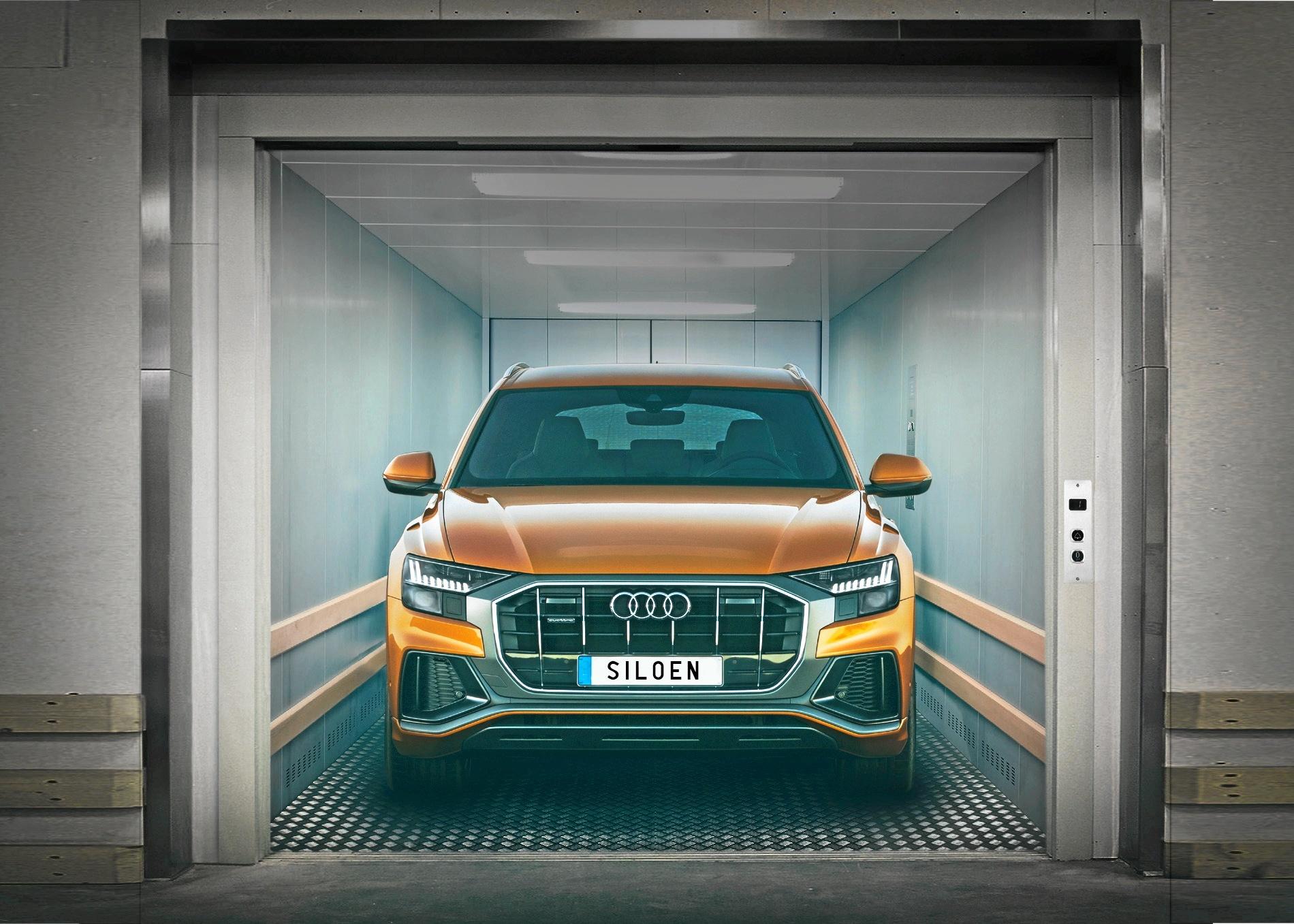 Føreren bliver siddende i sin bil, når turen går op eller ned med den spritny bilelevator, der har fjernstyring og derfor let kan betjenes inde fra selve køretøjet.