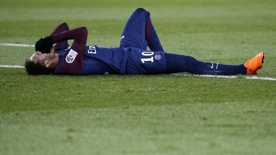 Neymar brækkede en knogle i foden, da Paris Saint-Germain mødte Marseille i søndags. Foto: Geoffroy Van Der Hasselt / Ritzau Scanpix