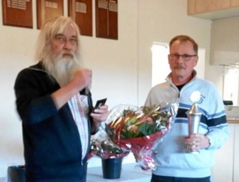 Årets golfer i JBG blev Bjarne Jensen. ?Foto: Bente Hjortkær og Kasper Mølbæk