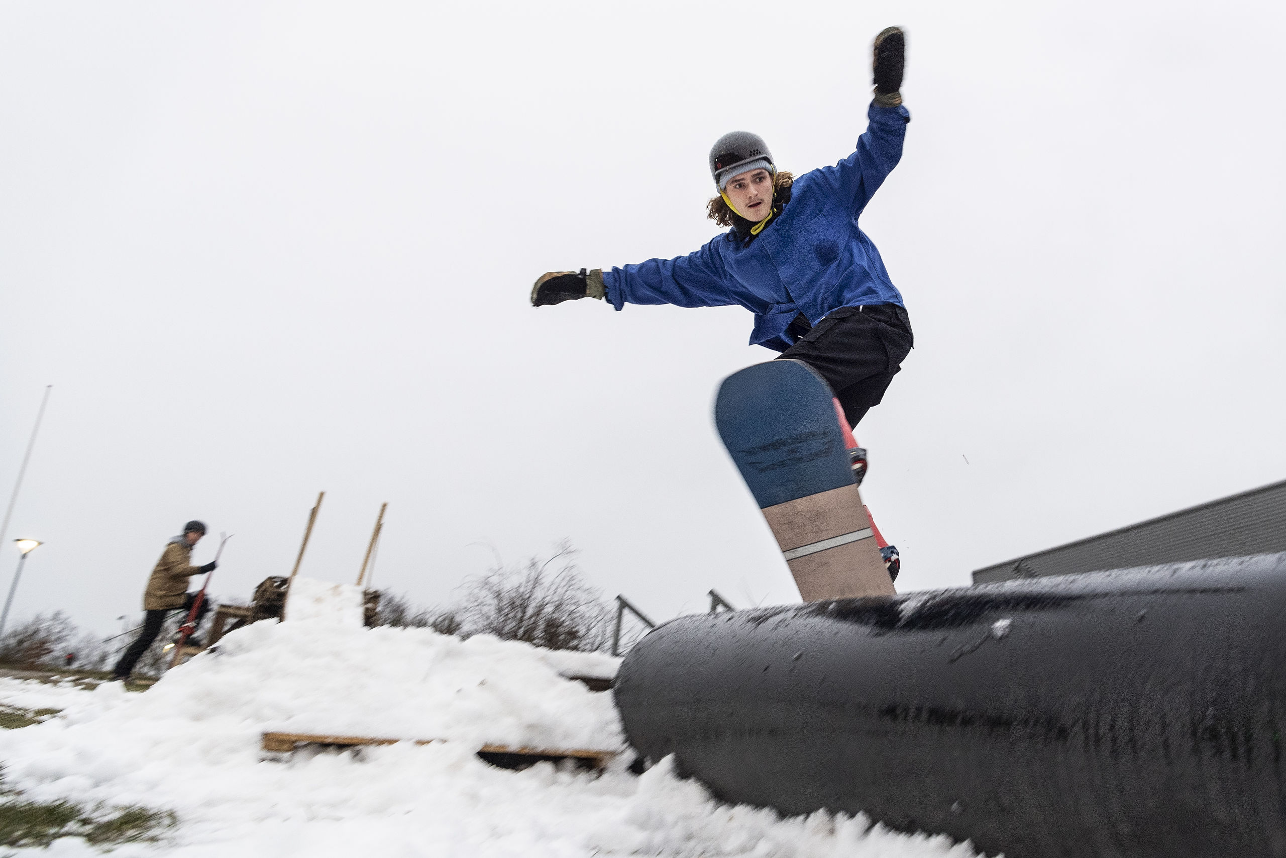 Sne eller ej: Du kan stadig lufte ski og snowboard i Aalborg