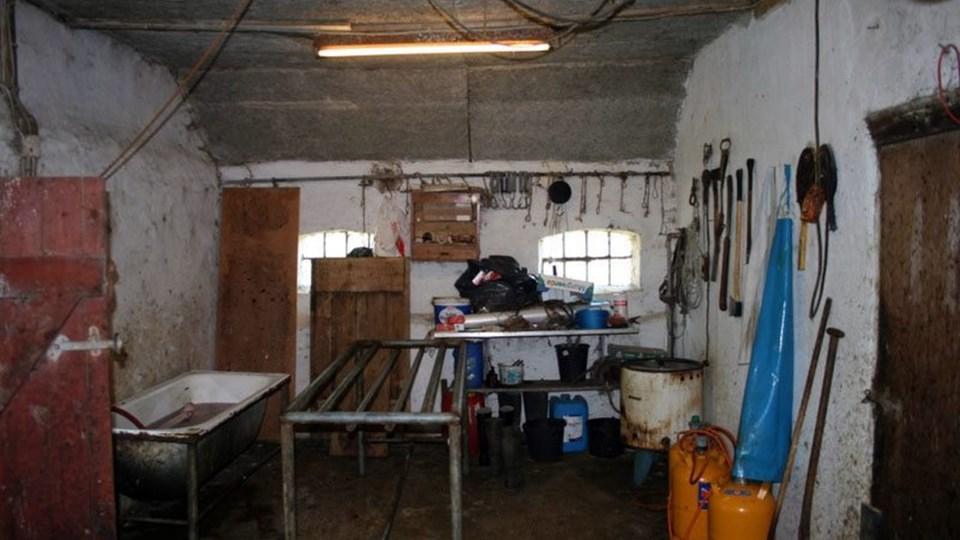 Et ulovligt slagteri i en sataldbygning er tidligere blevet afsløret ved Hjørring. Nu har Fødevarestyrelsen afsløret et tilsvarende i Thy. Arkivfoto: Fødevarestyrelsens Rejsehold