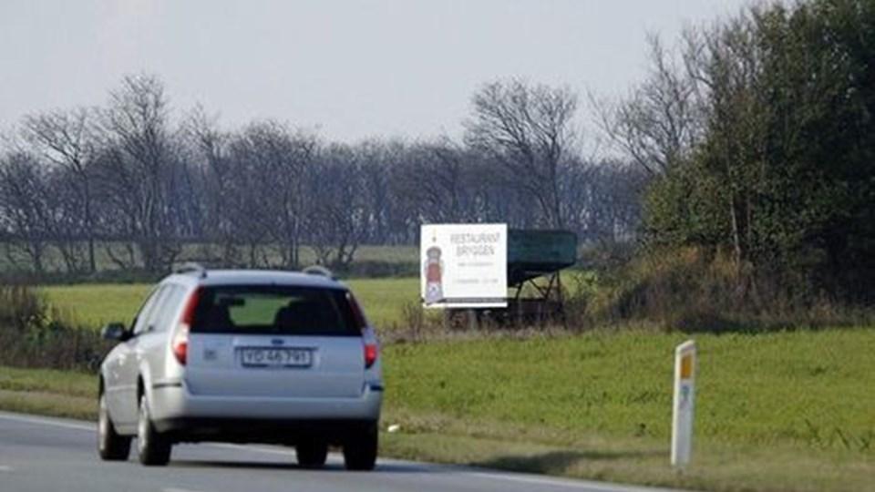 Danmarks Naturfredningsforening mener, at skiltet er ¿landskabelig støj¿.