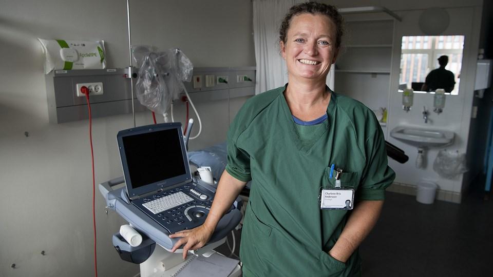Charlotte Brix Andersson er overlæge i gynækologi og obstetrik ved Aalborg Universitetshospital, men arbejder i det kommende år på Regionshospital Nordjylland i Thisted, hvor hun har fået en étårig stilling med tid til forskning. Foto: Peter Mørk