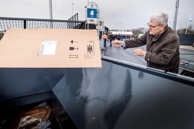 Genbrug og affaldssortering bliver stadig mere vigtigt, understreger Jens Chr. Golding. Torben Hansen