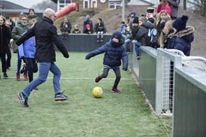 Multibane indviet med fodboldkamp