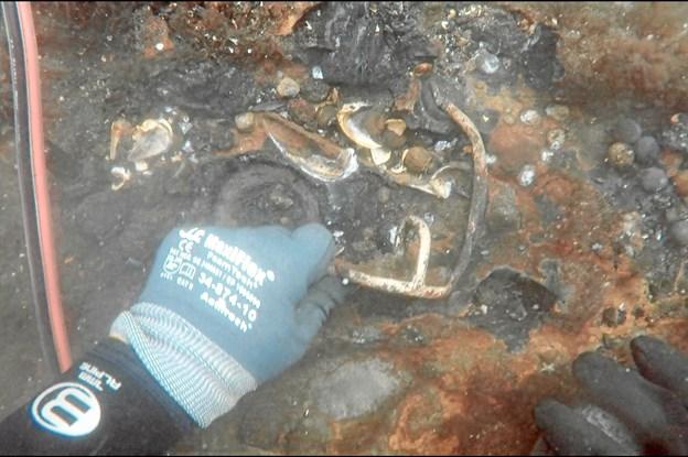 Sensationen under vandet: Nu sætter arkæologer skibsvrag fra 1761 under lup