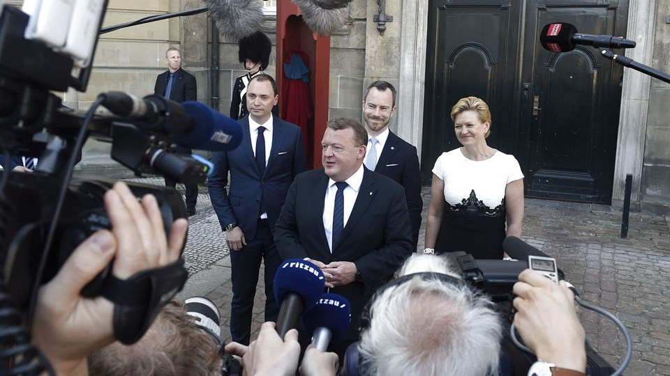 Statsminister Lars Løkke Rasmussen (V) præsenterer Tommy Ahlers, Jakob Ellemann-Jensen og Eva Kjer Hansen som nye ministre i sin regering. Foto: Scanpix/Liselotte Sabroe