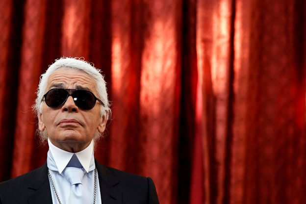 Den ikoniske modeskaber Karl Lagerfeld er død
