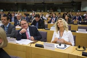 Nu kan du stille forslag til EU fra sofaen