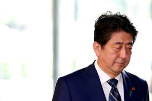 Japans premierminister skal snakke frihandel med Løkke