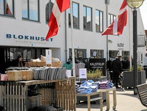 Mere tøj til teenagere hos Kalstrup