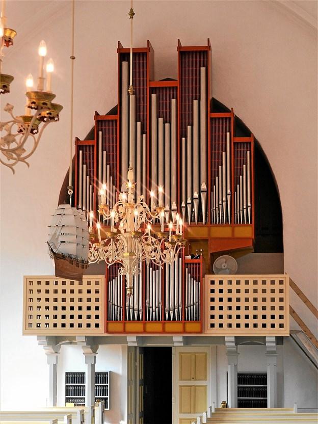 Løgstør Kirkes orgel hvorfra man kan høre domorganist Flemming Dreisig give koncert den 25. september kl. 19.30 Foto: De 12 Kirker