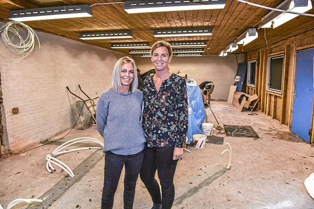 Janni Drejer (t.v.) og Maria Paaske er klar til at forkæle kunderne, når deres salon Kvali:Tid åbner 23. oktober.Foto: Ole Iversen