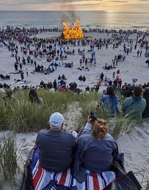 Flammernes skær i Vesterhavets bølger Heks: Se de mange flotte billeder her