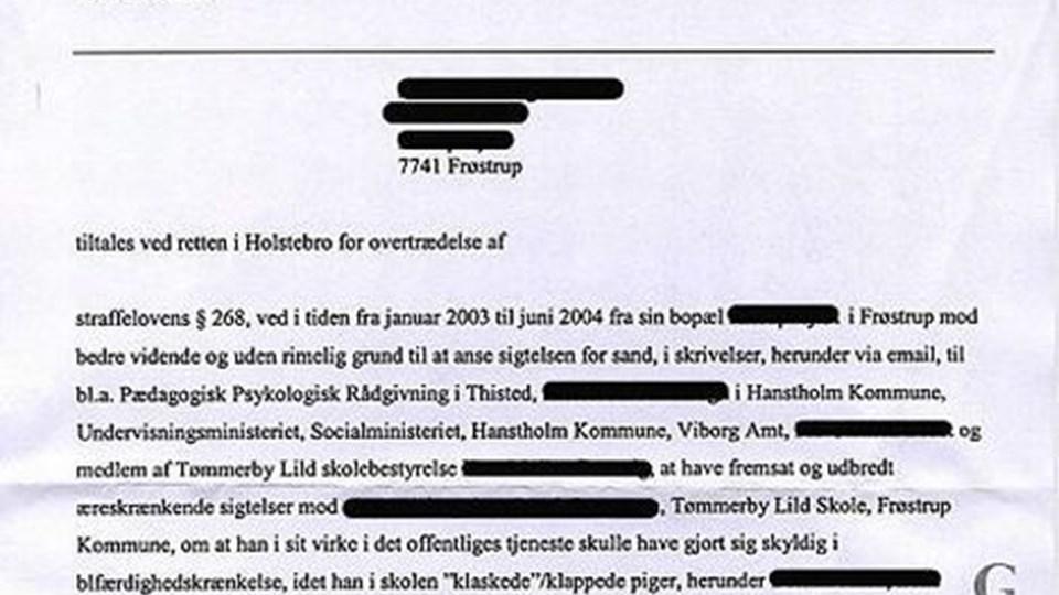 """Rygtesagen fra Frøstrup fører sit helt eget liv på internettet, og den er såmænd også omgærdet af rygter. Selv om der står """"fem år"""" i længstetid for psykiatrisk behandling, betyder det ikke indlæggelse i fem år, men kun den tid, som lægerne og den dømte har til at få styr på det psykiske helbred. Anklageskriftet lå allerede dagen efter på internettet efter det var sendt til den 42-årige kvinde."""