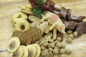 SuperBrugsen bager julekager til alderdomshjem