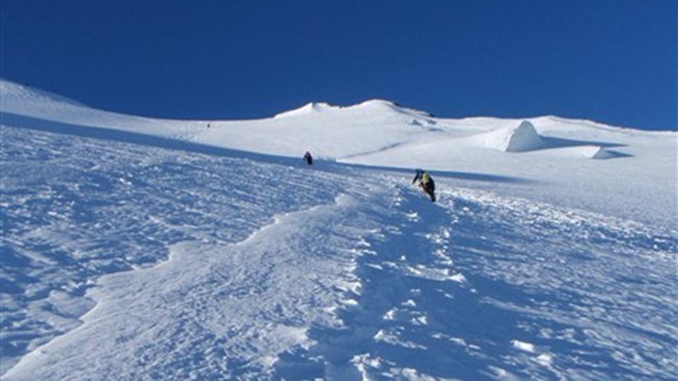 De sidste 200 meter indtil fortoppen er stejle, hårde  og fantastisk flotte! Bill. 32
