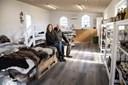 Frisk kød og lokale varer: Her åbner Andreas sin nye gårdbutik i en gammel hestestald