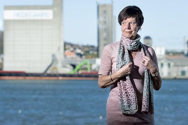 Anni G. Walther, der er formand for Ældre Sagen Aalborg, efterlyser en positiv vilje hos Aalborg Kommune til at løse problemet med de mange fårelorte på golfbanerne. Arkivfoto: Torben Hansen