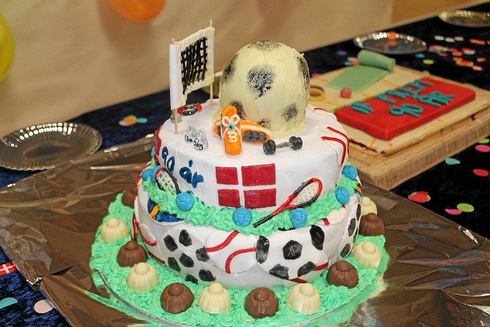 Et par af de flotte kager i kagekonkurrencen. Foto: Søren Bojesen