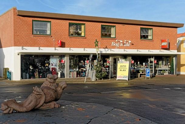 Astrup borger køber boghandel i Hirtshals