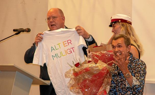 Ole Henriksen kom til dimissionsfesten