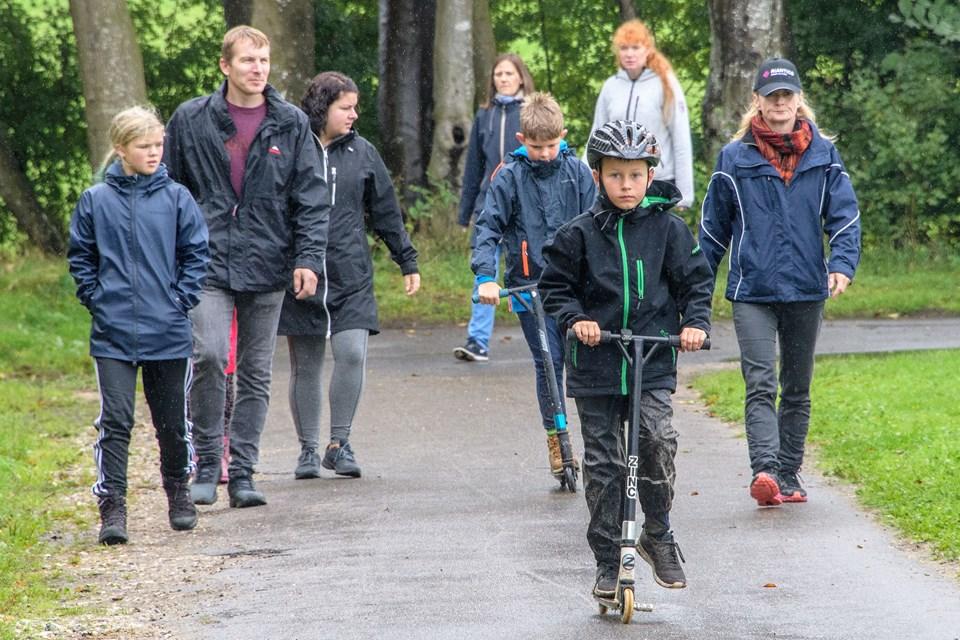 Et svingende vejr forhindrede ikke deltagerne i at få en god oplevelse. Foto: Peter Broen