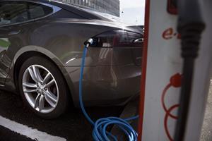 EU vender tomlen ned til dansk stop for salg af fossilbiler i 2030