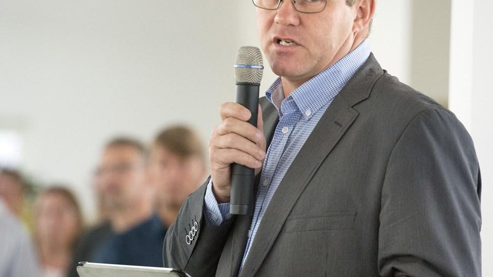 Arne Boelt jubler over de mange nye arbejdspladser.