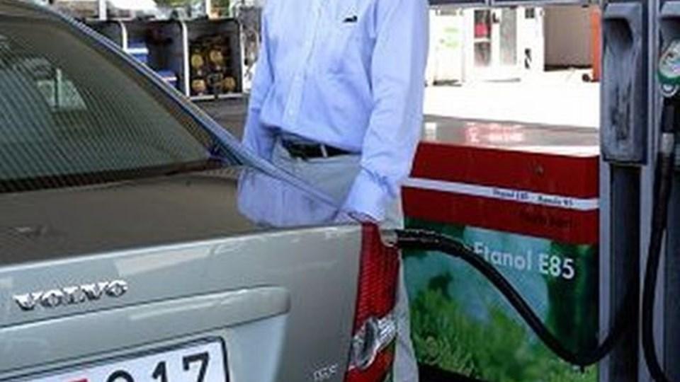 Flere og flere svenske bilejere tanker ethanol.
