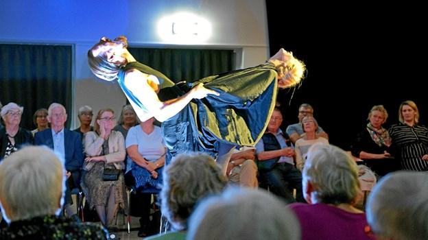 Publikum kom helt tæt på, da Det Flydende Teater forleden opførte dramaet om Grevinde Danner i Arden Kulturhus. ?Foto: Niels Reiter