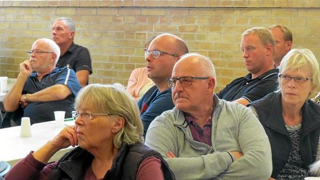Alvorlige miner på mødet i Børglum. Foto: Kirsten Olsen