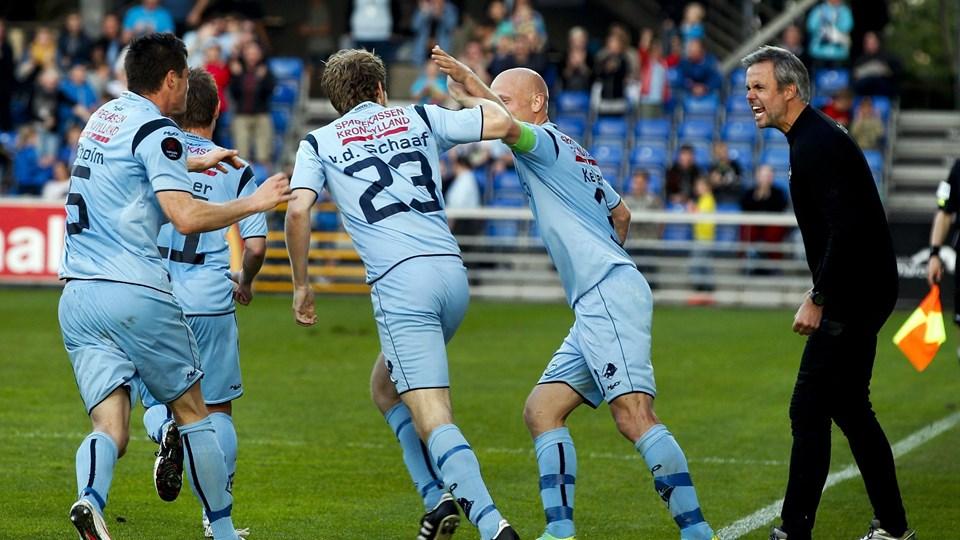 Jubel i Randers FC. Mandskabet er tilbage i Superligaen efter en sejr på 3-1 hjemme over AB fredag aften. Foto: Scanpix