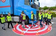 Pas på svingende lastbiler