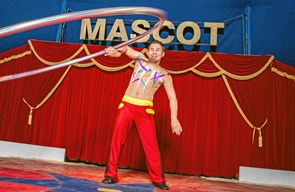Cirkus Mascot kommer til Poulstrup
